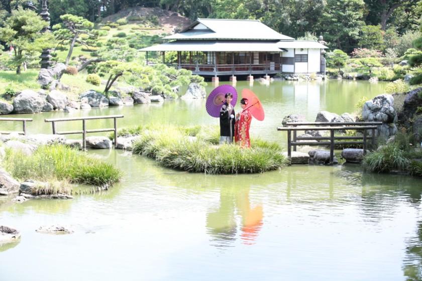 泉水、築山、枯山水を主体にした回遊式林泉庭園『清澄庭園』