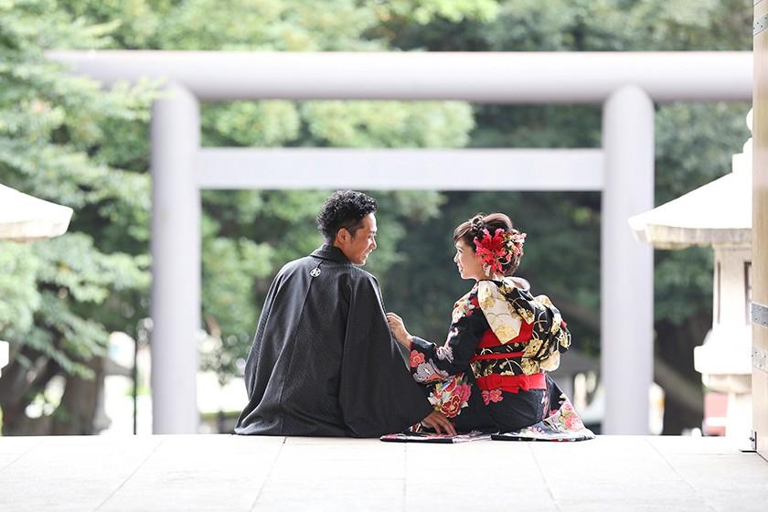 清楚で荘厳な空気の中で・・和装ロケ♪千葉縣護国神社