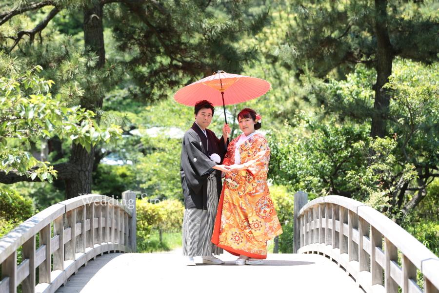 色打掛と和傘が映える三溪園での前撮り